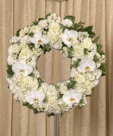 Elegant White Wreath